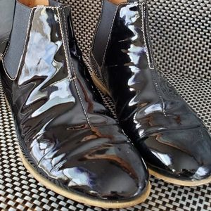 Aquatalia Boots 6.5 Patent Leather Flat Booties